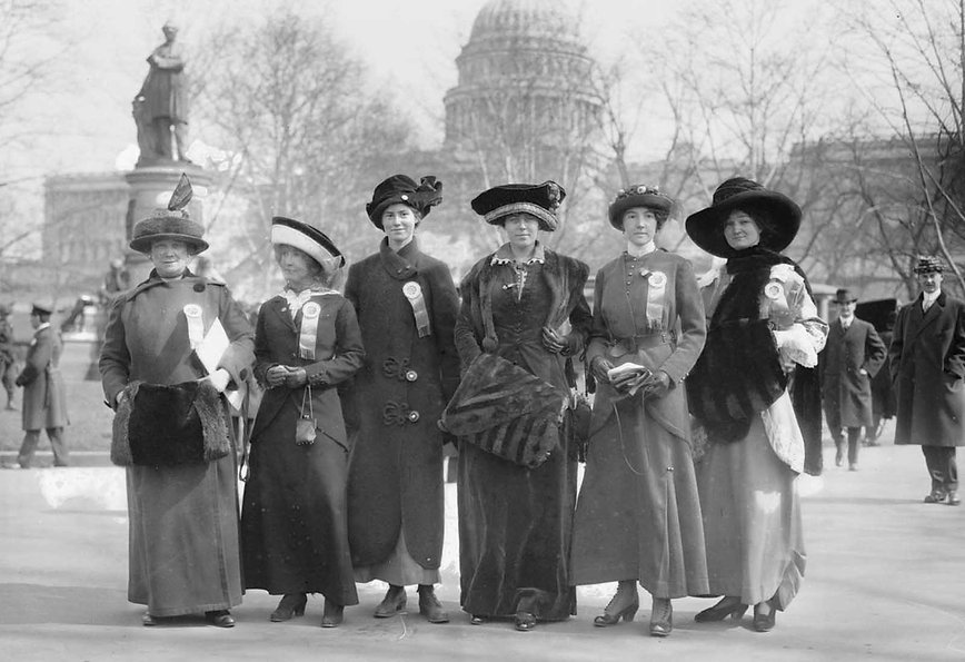 The_Woman-Suffrage_Parade_of_1913-7.jpg