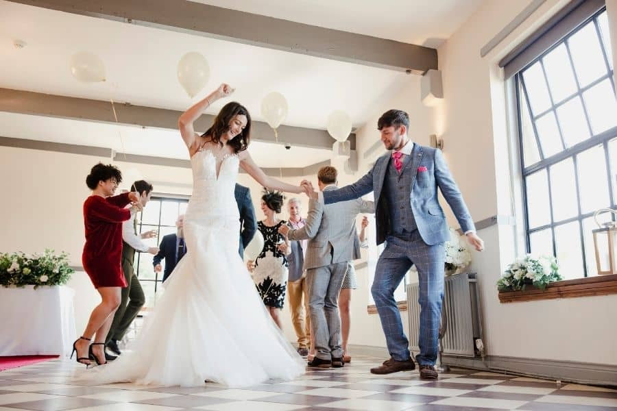 Tanzen und lächeln an Ihrem Hochzeitstag wie nie zuvor