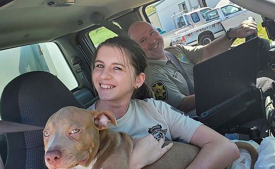 dog in aco truck 2 OFFICERS.jpg