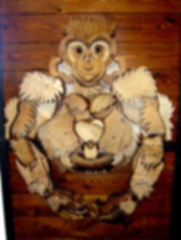 artigianato le casette-scimpanze di legno