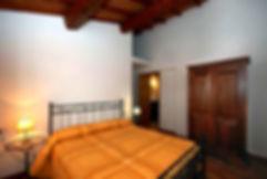 Visit Umbria, rooms rental in Orvieto, apartments nera Todi, apartment near Orvieto