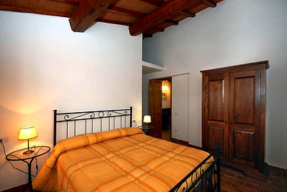 Visit Umbria, rooms rental in Orvieto, apartments nera Todi, apartment near Orvieto