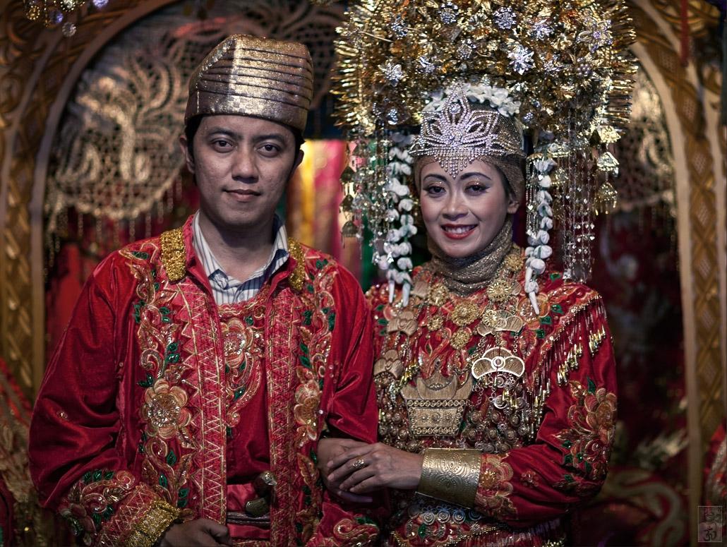 Minangkabau ~ Hochzeit im Matriarchat.jpg