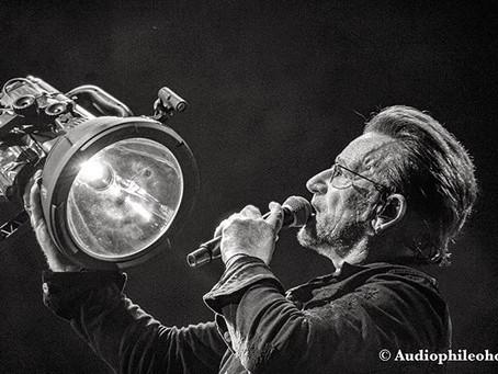 U2 One Love Light Live