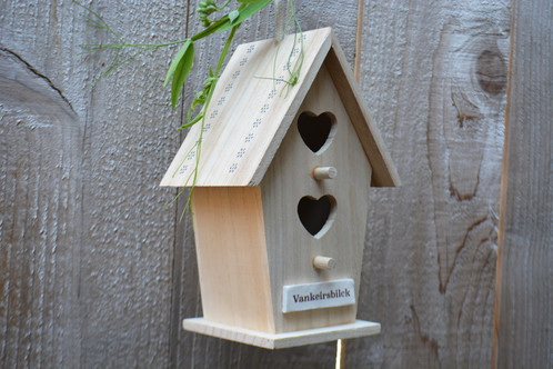 This wooden bird house is a unique wedding or anniversary gift, aunt gift or Mother's Day gift. This bird house has a handmade tile on the front that can ...
