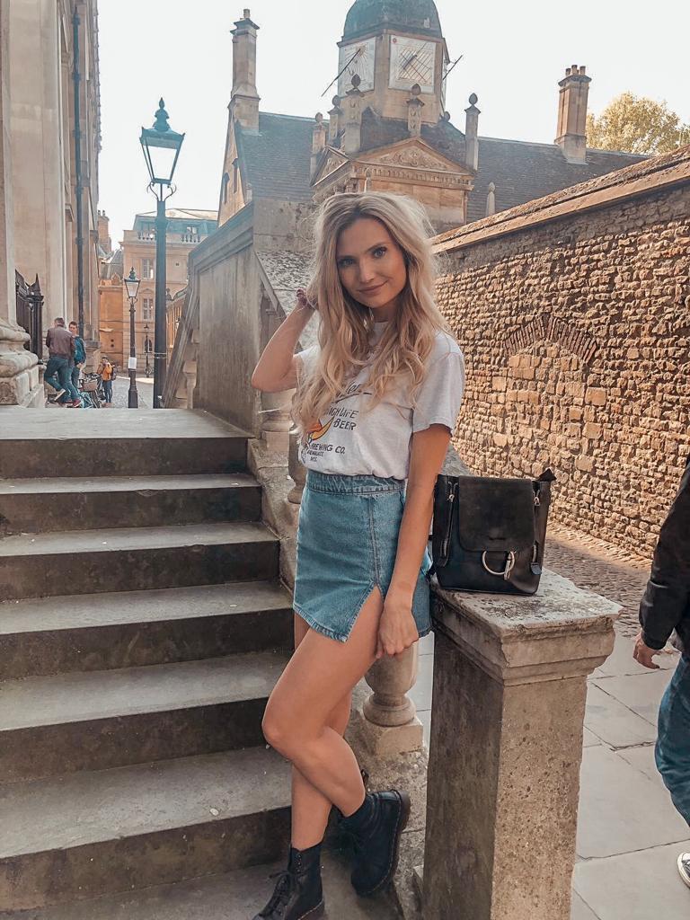 travel nurse and lifestyle blogger kirsten conrad in cambridge