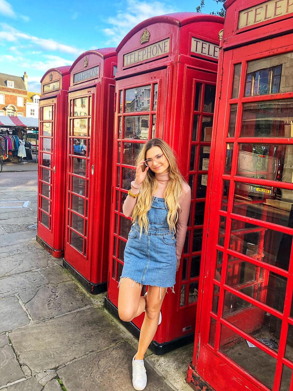 travel nurse and lifestyle blogger kirsten conrad london phonebox