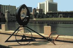 Uno Racing Sculpture