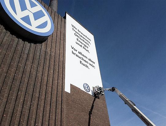 Fassadenwerbung-Imagebildung-Volkswagen-