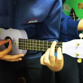 The uke! _player1musicschool #ukulele #ukuleleforkids #kidsmakingmusic #learntoplay #learntoplayukulele #perthmusic #perthmum #musicteacher