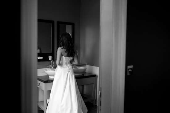 Elegant wedding photography of bride