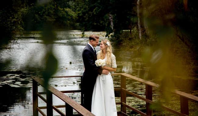 Wedding couple photography at lake