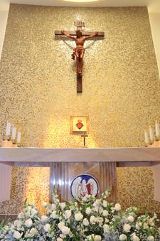 Viacrucis y altar