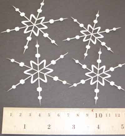 2Crafty Chipboard - Multi Pointed Snowflakes