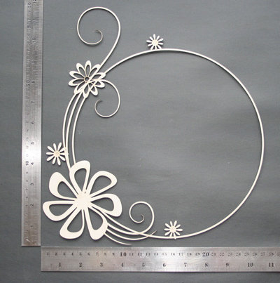 2Crafty Chipboard - Flowery Swirl Frame