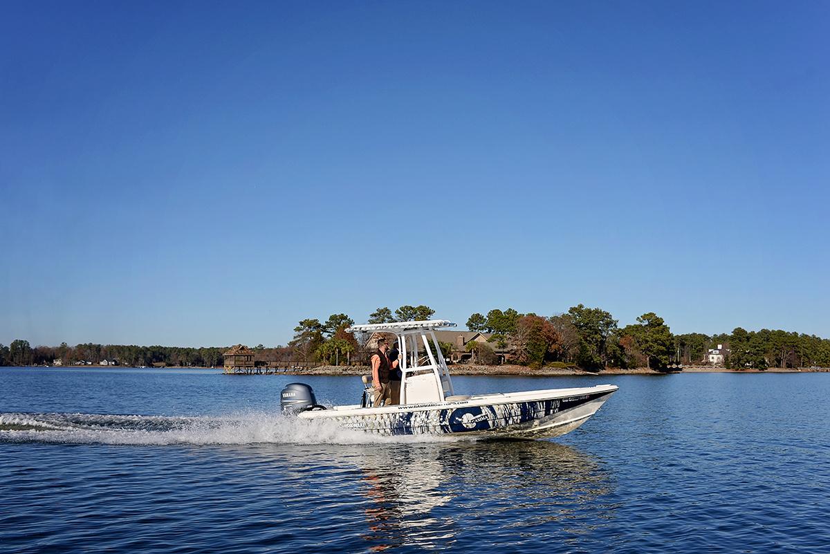 Scout Bay 220