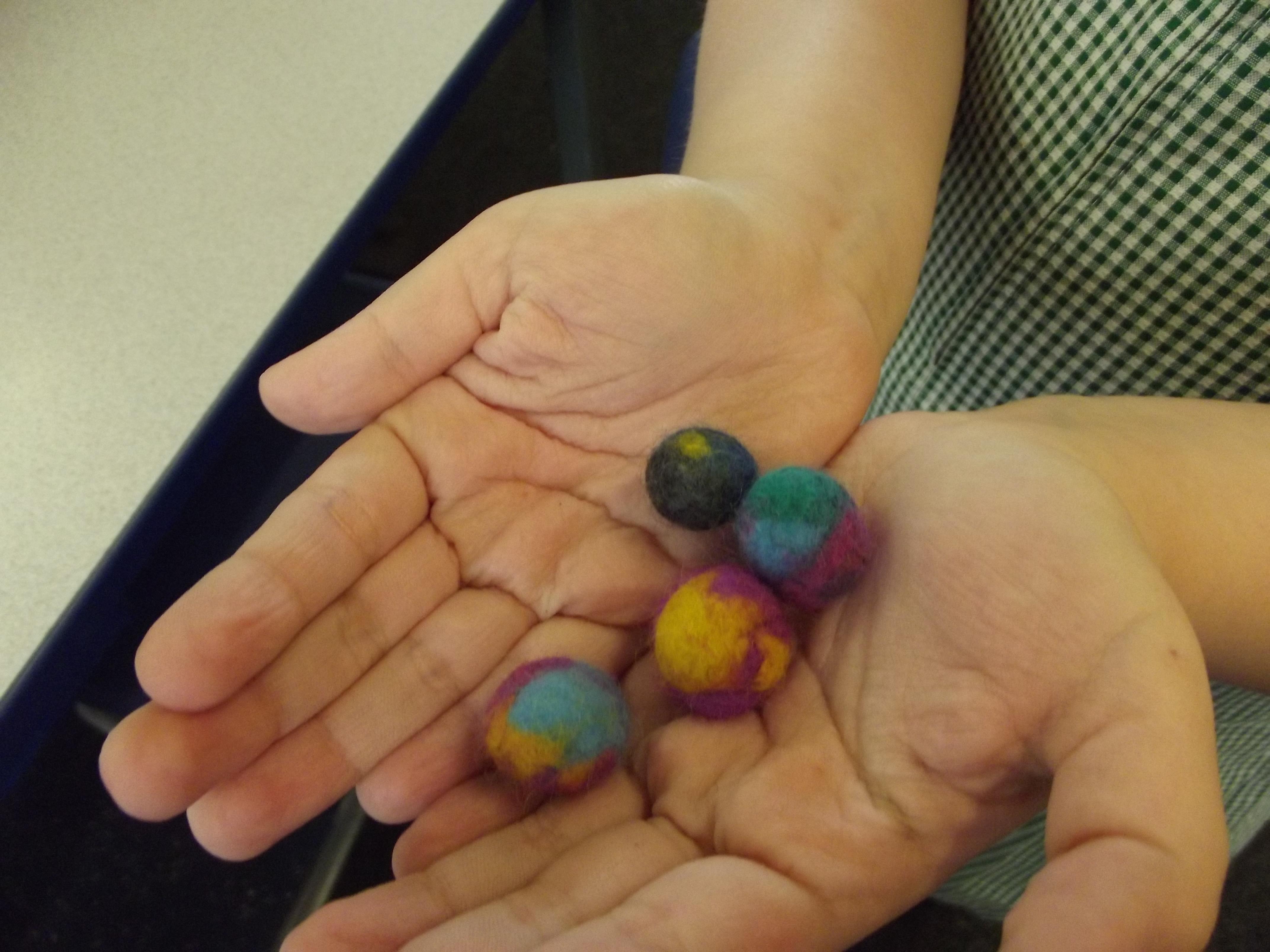 Making felt beads