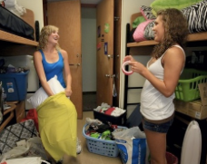 5 Tips to Getting Along With Your Roommate