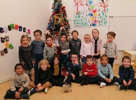 """Les enfants de la maternelle """"Les Lavandières"""" vous souhaitent un joyeux noël"""