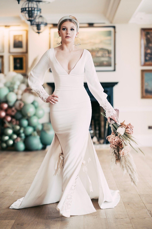 Choose wedding dress