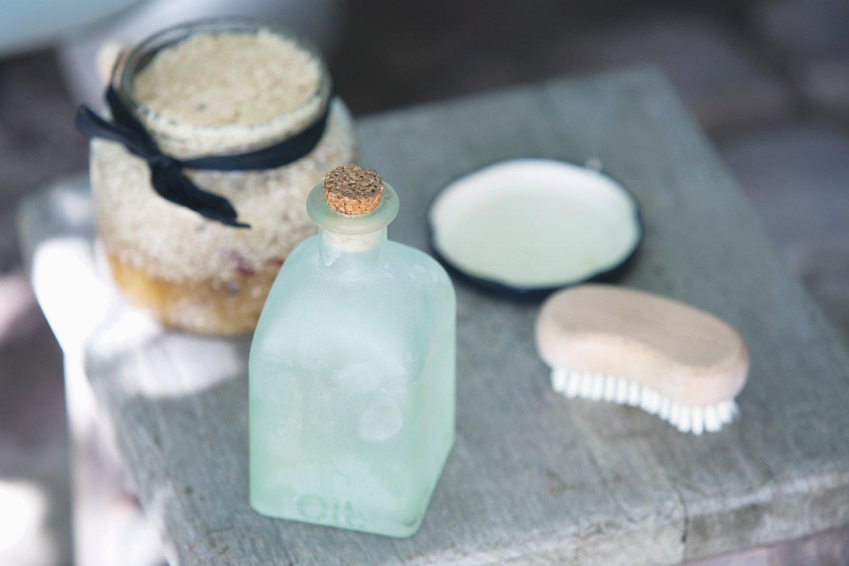 ☆人気 No1 石垣島産海塩(石垣の塩)を使ったバスソルトづくり体験