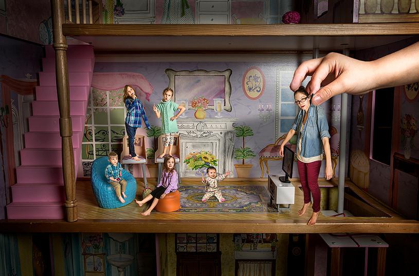 Family Dollhouse