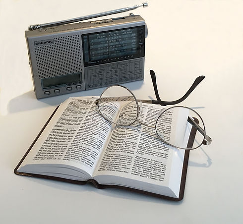 radio-2352590_1920.jpg