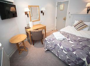 Bedroom 16 (LR).jpg