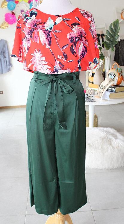 Sleeves Red Top/Green Satin Pants