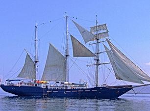 Mary-anne-full-sails.jpg