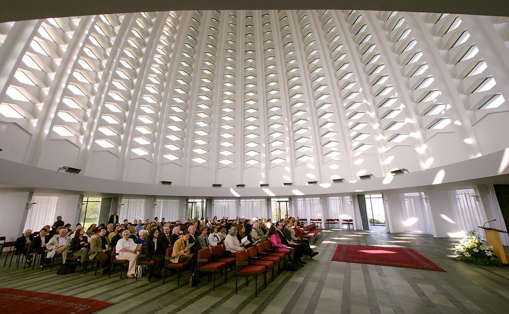 Interior da Casa de Adoração Continental da Europa (Alemanha)