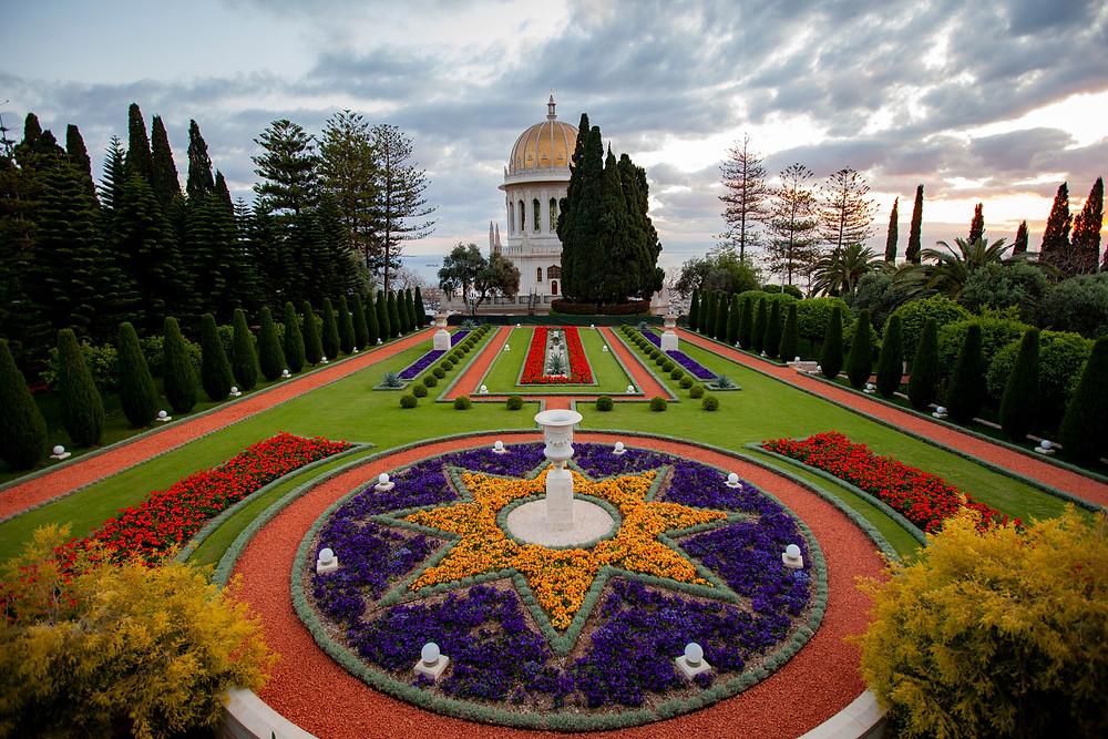 Santuário do Báb, em Haifa (Israel). Copyright © Bahá'í International Community