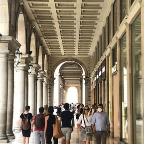 Arkaden an der Via Roma, Turin
