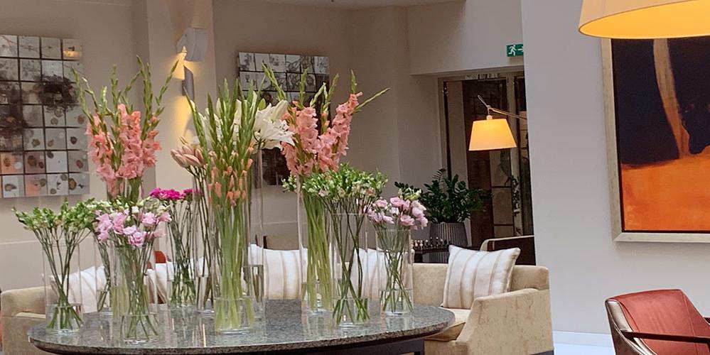 Blumendekoration in unserem Hotel