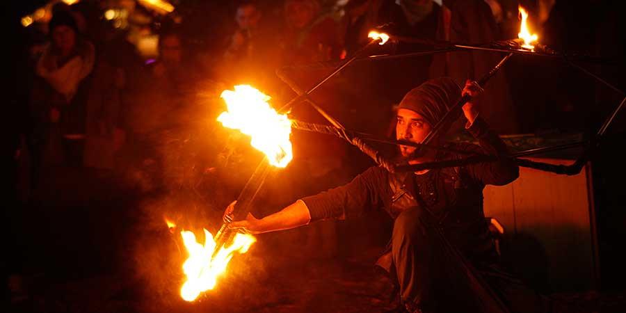 Feuerkünstler, Fotowalk mit Freilicht