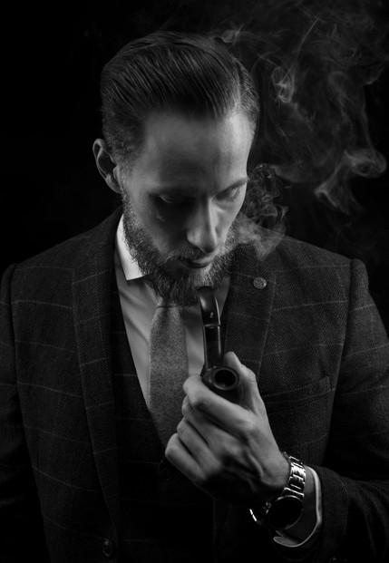 mann-portrait-schwarz-weiß-pfeife-2.JPG