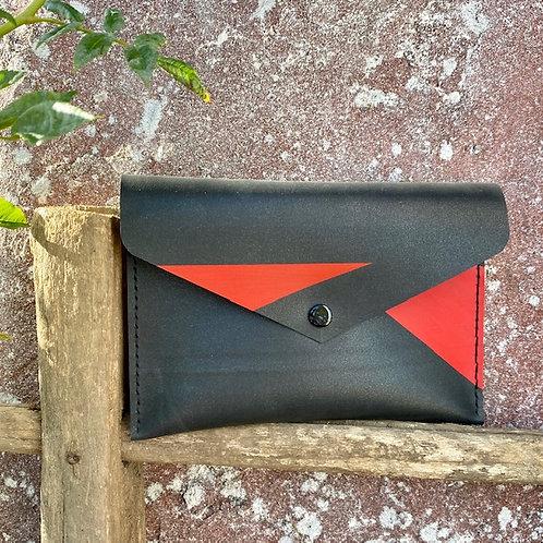 Le Zaza, pochette graphique rouge
