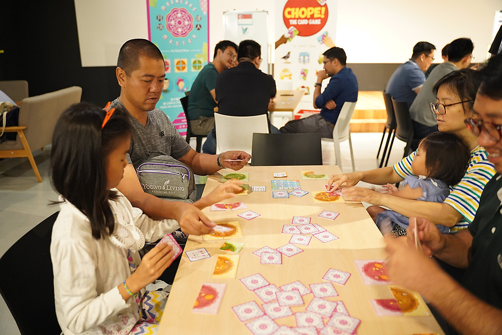 Family time together with board games
