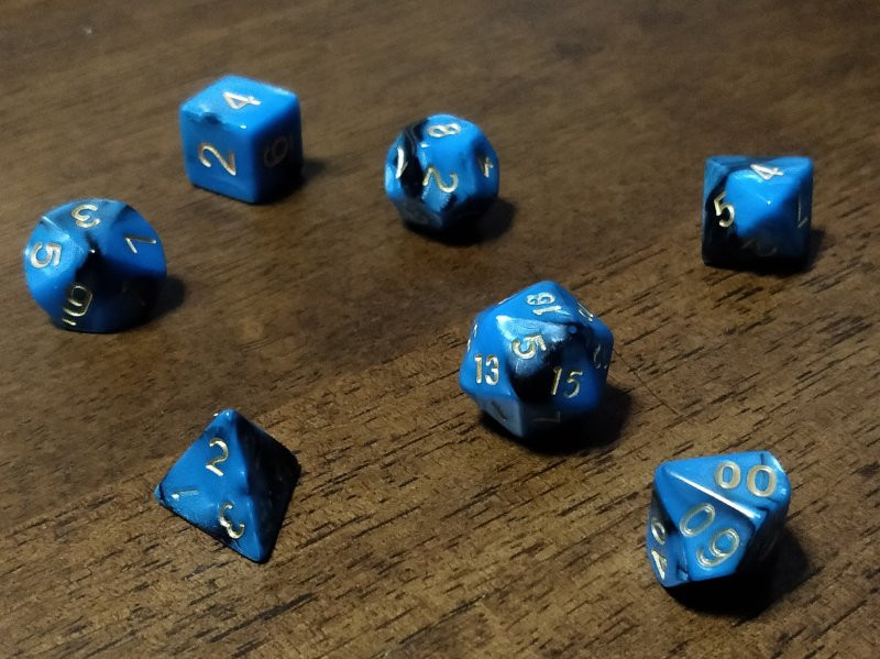 7 dice are all you need to play D&D