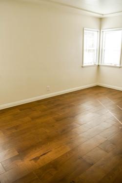 3745 Buckingham Rd room 2