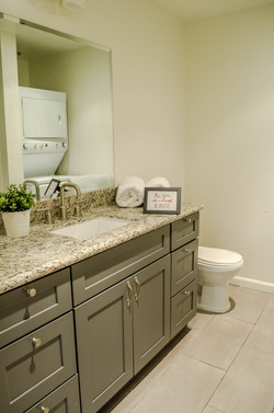 222 S. Central Ave #200 bathroom 2