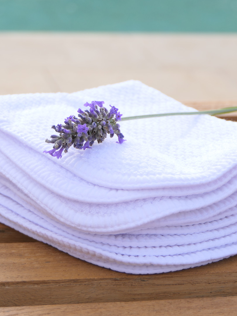 serviette mains gauffrée