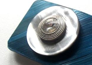 Le soin des bijoux en paille de seigle