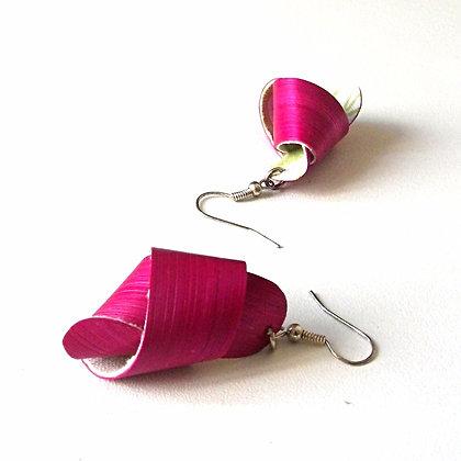 Boucles d'oreilles noeuds en paille rose fuchsia