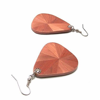 Boucles d'oreille pendantes en marqueterie noisette