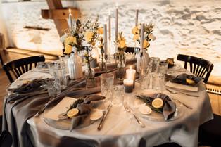 Tischdeko Hochzeit Sommer.jpg