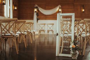 Willkommensschild Hochzeit Fenster.jpg