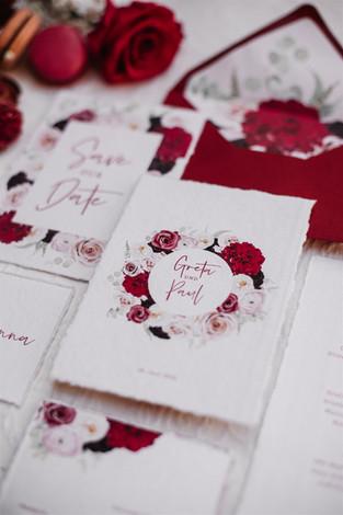 Hochzeitseinladung beerenfarben.jpg