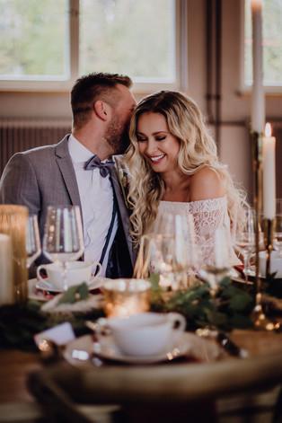 33. Brautpaar Tisch.jpg