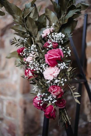 Blumengesteck Traubogen.jpg